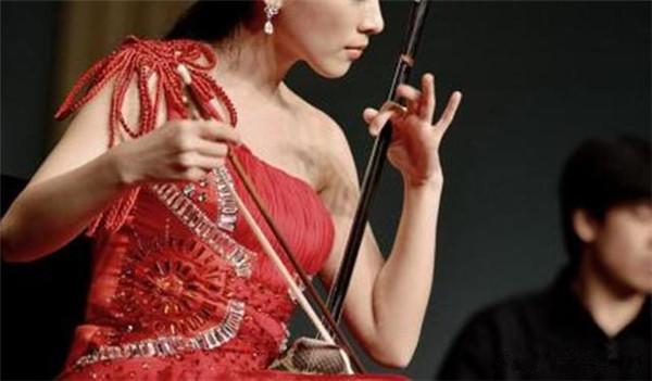 二胡演奏的揉弦技法之滚揉