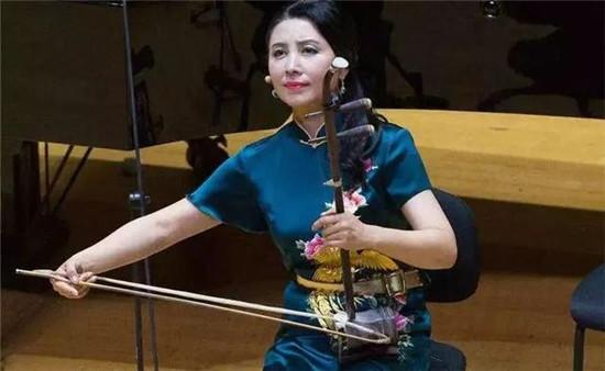 二胡揉弦的美感:揉弦技巧与意境之美