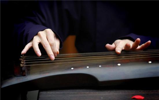 古琴和古筝对比(古筝和古琴有哪些区别)